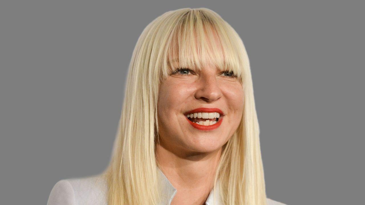 Sia compleix el desig d'una fan amb càncer