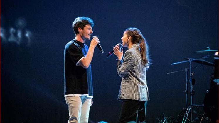 Sara Roy i Miki Núñez estrenen el videoclip de 'Tot és més fàcil'